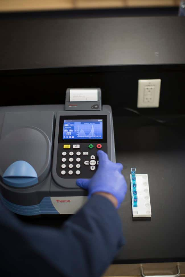 GENESYS 30 Visible Spectrophotometer