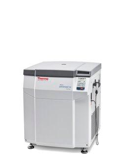 Heraeus™ Cryofuge™ 8 and 16 Blood Banking Centrifuges