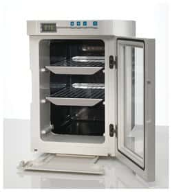 Heratherm™ Compact Microbiological Incubators
